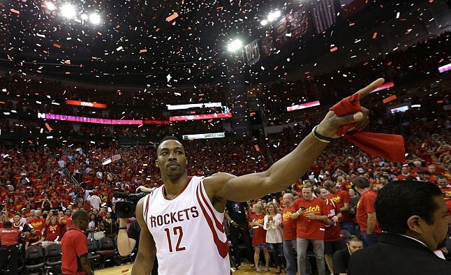 Houston Rockets: +1800